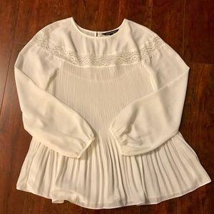 Eva Longoria NWOT White Blouse with Lace PXS